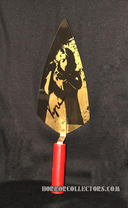 NIGHT OF THE LIVING DEAD 1992 SOUVENIR TROWEL KYRA SCHON SIGNED