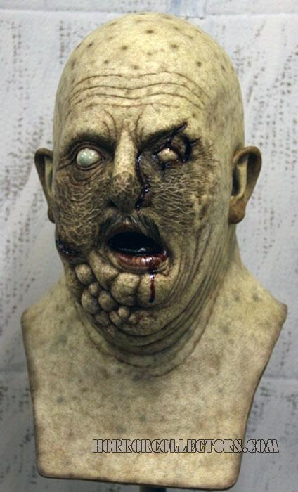 NIGHT OF THE LIVING DEAD 1990 Uncle Rege Zombie Bust Replica