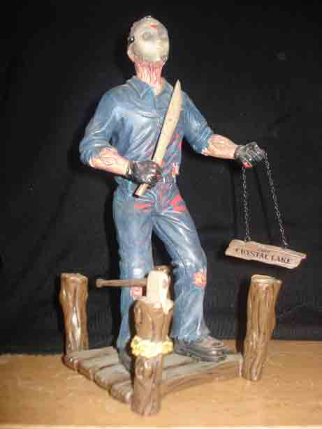 FRIDAY THE 13th CINEMA SCREAMS JASON VOORHEES DIORAMA