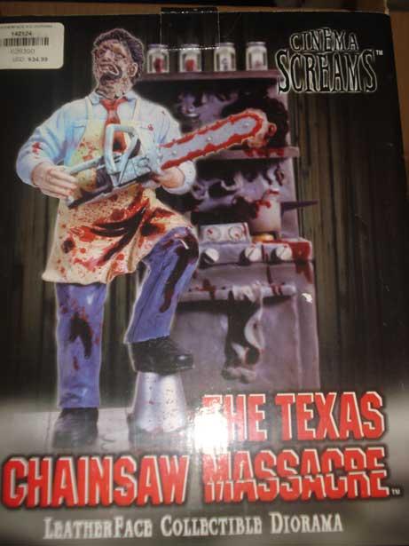 TEXAS CHAINSAW MASSACRE CINEMA SCREAMS LEATHERFACE DIORAMA